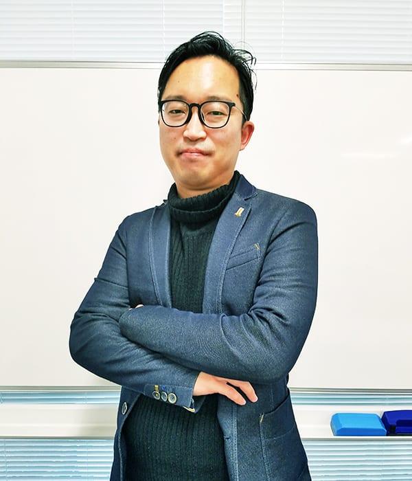 須貝智裕(Tomohiro Sugai)